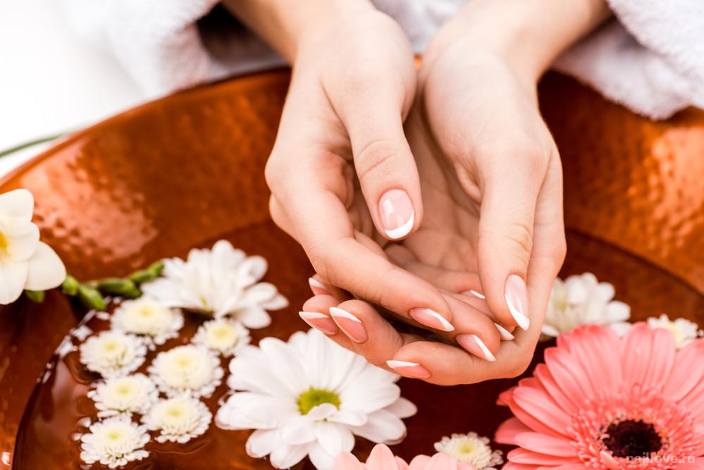 Как быстро восстановить повреждённые ногти?